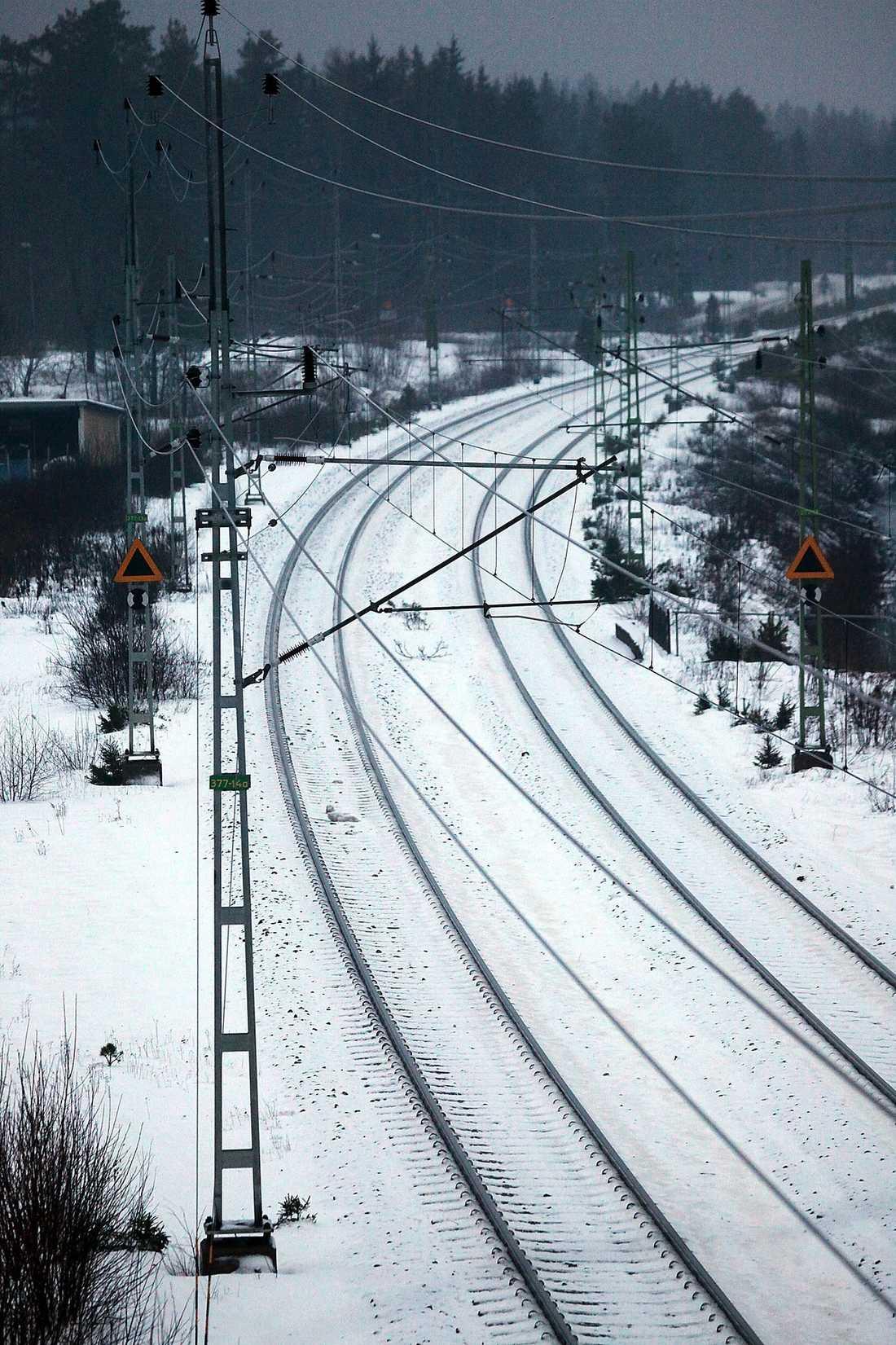 Förstatliga underhållet av järnvägen. Inte gjort och kommer inte att göras.