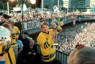 Forsberg på Sergels torg senaste gången - efter VM-guldet 1998.