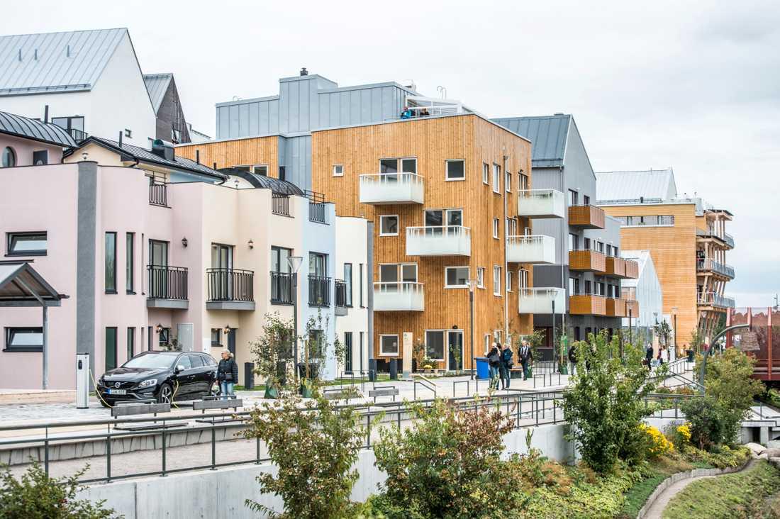 Nu ska det bli snabbare handläggningstider för ansökningarna om bostadstillägg.