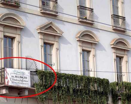 Lämnar turin? En mäklarfirma i Italien har börjat annnonsera ut Zlatan Ibrahimovic och Helena Segers lägenhet vid Piazza Castello i Turin. När den säljs beräknas den gå för ungefär 16 miljoner kronor.