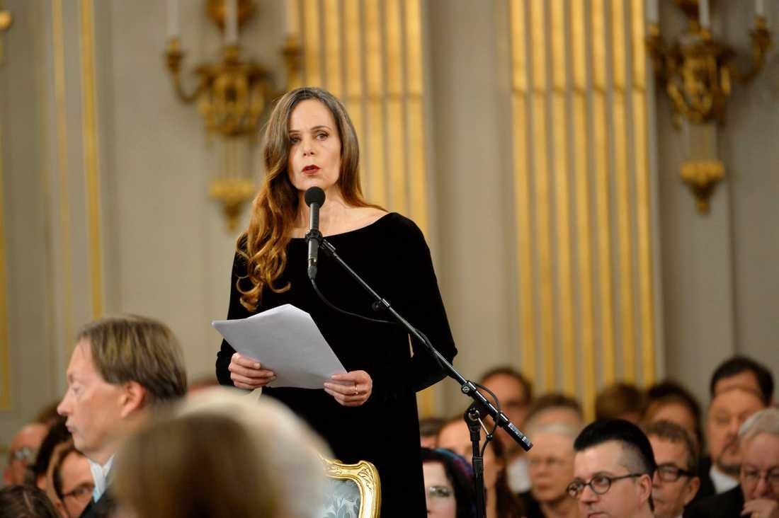 Sara Danius tar plats i Svenska Akademien under den traditionella högtidssammankomsten i Börshuset i Stockholm den 20 december 2013.