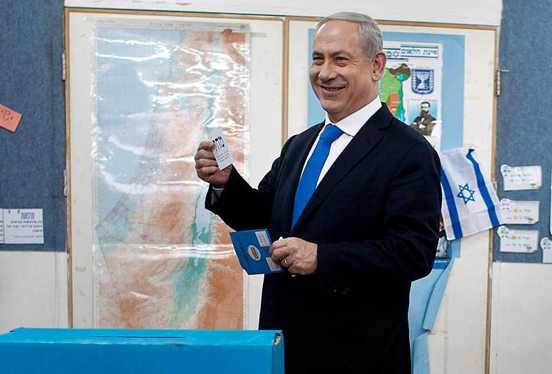 I vinnarspåret Mycket tyder på att premiärminister Benjamin Netanyahu, som tillsammans med landets väljare gick till valurnorna igår, fortsätter leda landet. Det innebär troligtvis mer våld mot palestinierna och ett mer isolerat Israel.