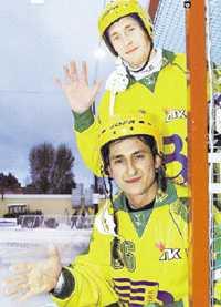 RYSSFEMMA Sergei Obuhov och Michaeil Sveshnikov är tillbaka i Sverige för att spela World Cup med Vodnek.