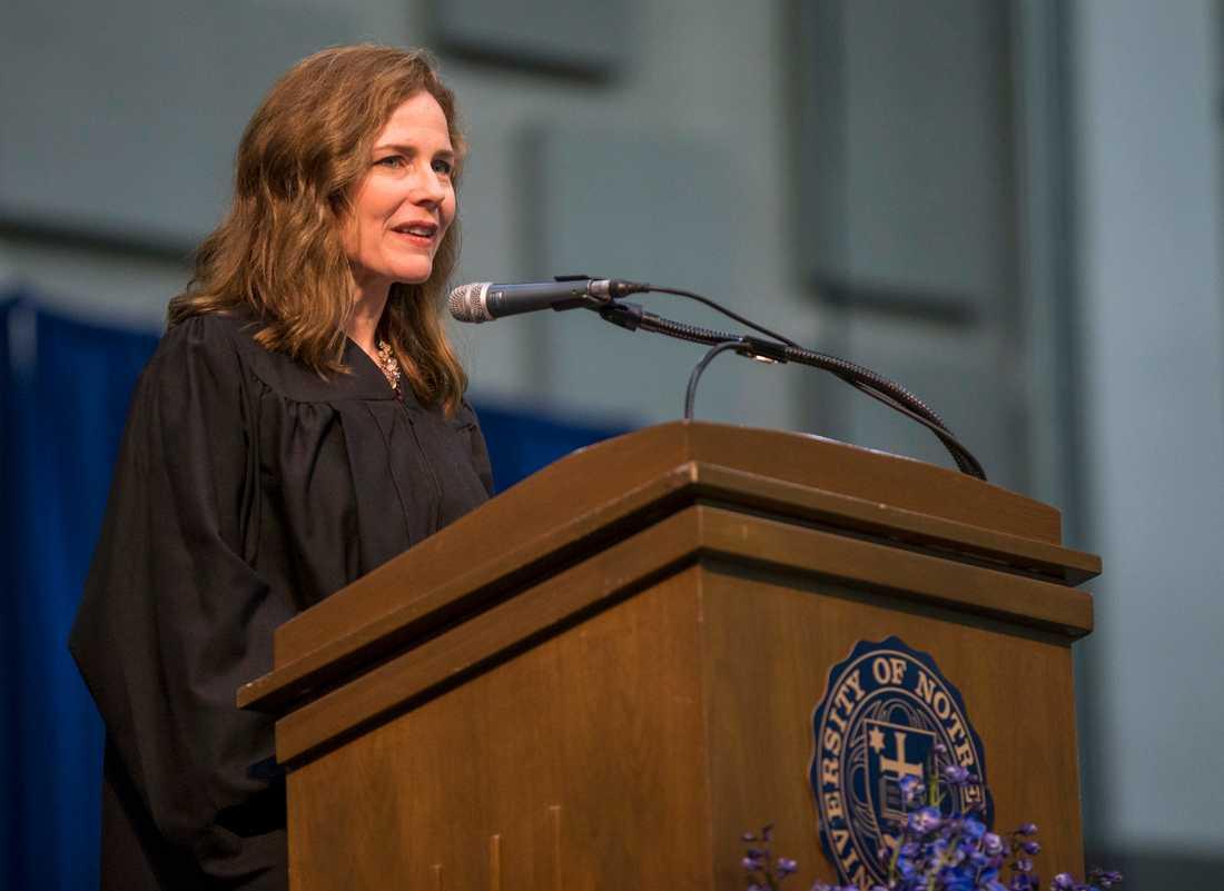 Den federala domaren Amy Coney Barrett är en av dem som president Trump kan tänkas utse till ny domare i Högsta domstolen.