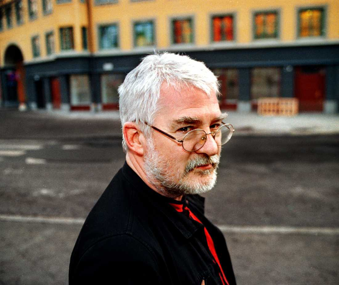 """Björner Torsson (1937–2020) utkommer i dag med den diktsamling som blev hans sista: """"Vara sten i sin sko""""."""