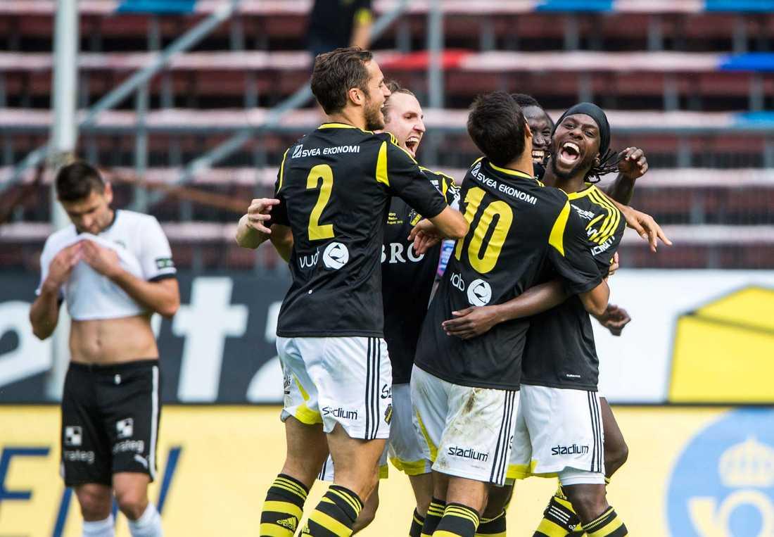 Tufft i Europa League Både AIK och Helsingborg får det tufft att gå vidare från respektive grupp i Europa League enligt spelbolag.
