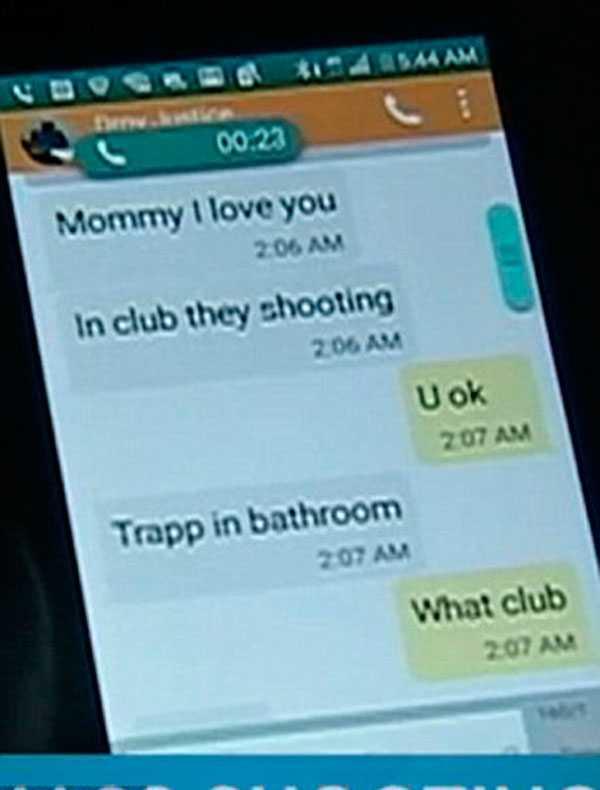 Från ett gömställe sms:ade mannen sin mamma mitt under masskjutningen.