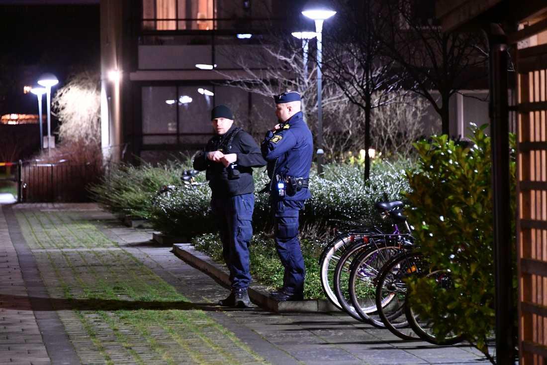 Första skjutningen ägde rum på Sufflörgatan.
