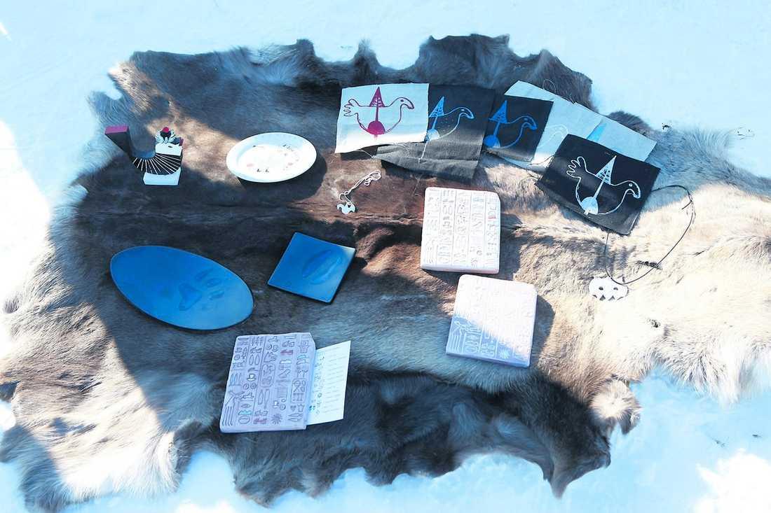 Ockelbos konsthantverkare har lagt ut sina alster – totalt har ett 30-tal souvenirer tagits fram.