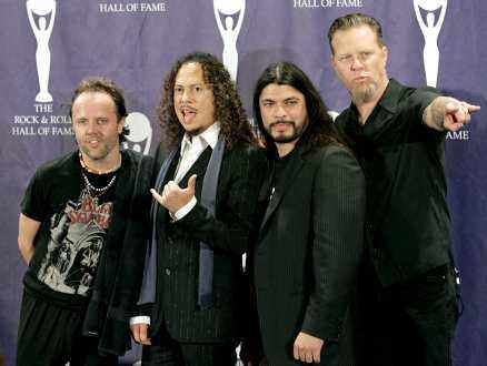 stjärnorna rasar mot metall Metallicas advokater har gett sig på fackförbundet Metall för att de har en domän som heter metallica.st. Här är det medlemmarna Lars Ulrich, Kirk Hammett, Robert Trujillo och James Hetfield.