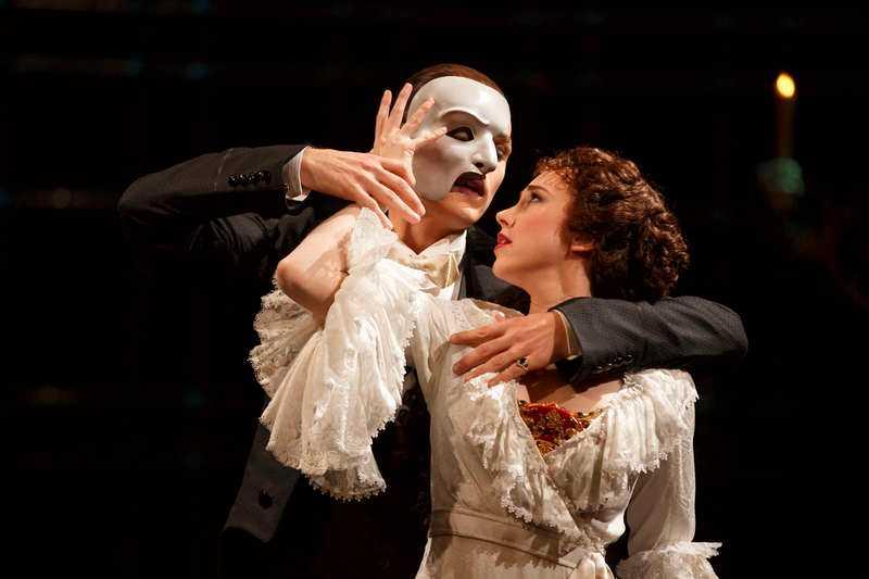 """Jöback spelar mot Samantha Hill i """"Fantomen på Operan"""" i New York."""