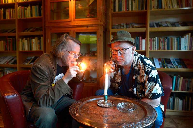 RÖKNING TILLÅTEN Hos Gästis är det tillåtet att röka inomhus, något som ägaren Lasse Diding började med när han slutade dricka.