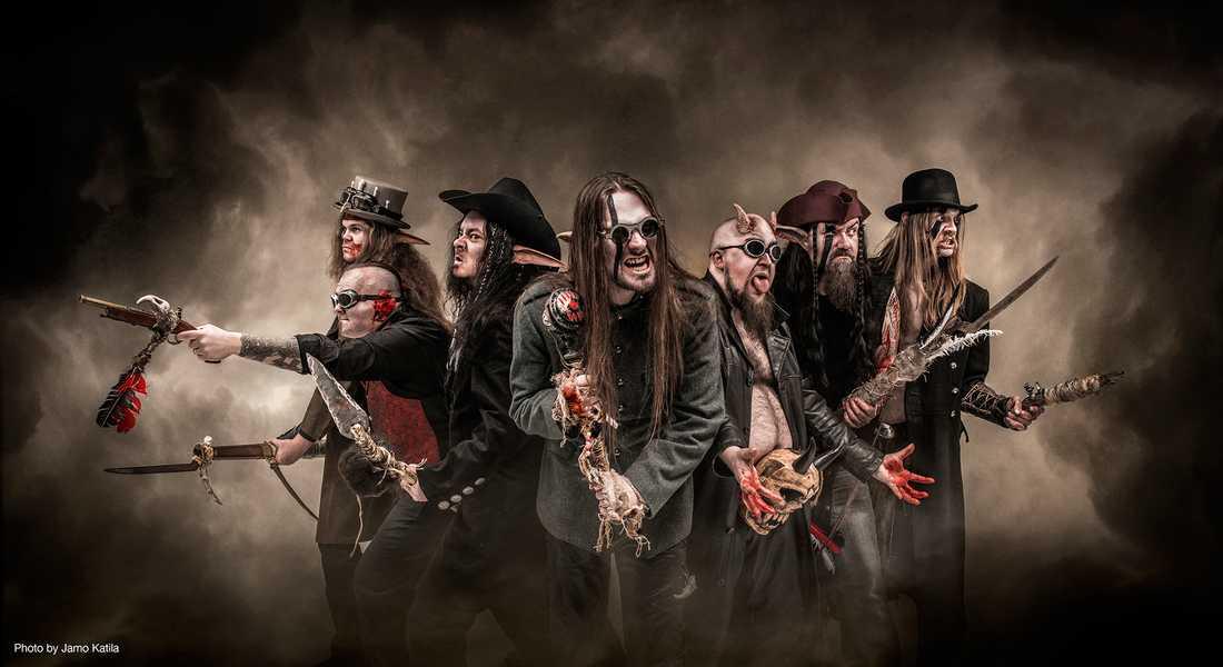 """Det finska metalbandet Finntroll, med Henri """"Trollhorn"""" Sorvali på keyboard. De är ännu inte bokade till Tuska-festivalen."""