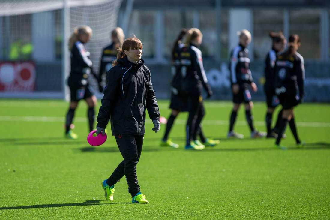 Maria Bergkvist får inte fortsätta som tränare i Umeå.