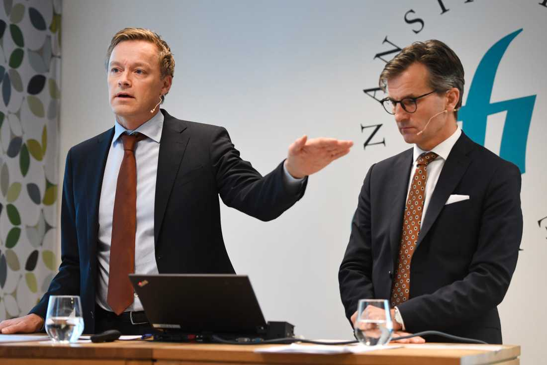Finansinspektionens chefsekonom Henrik Braconier och generaldirektör Erik Thedéen föreslår skärpta amorteringskrav.