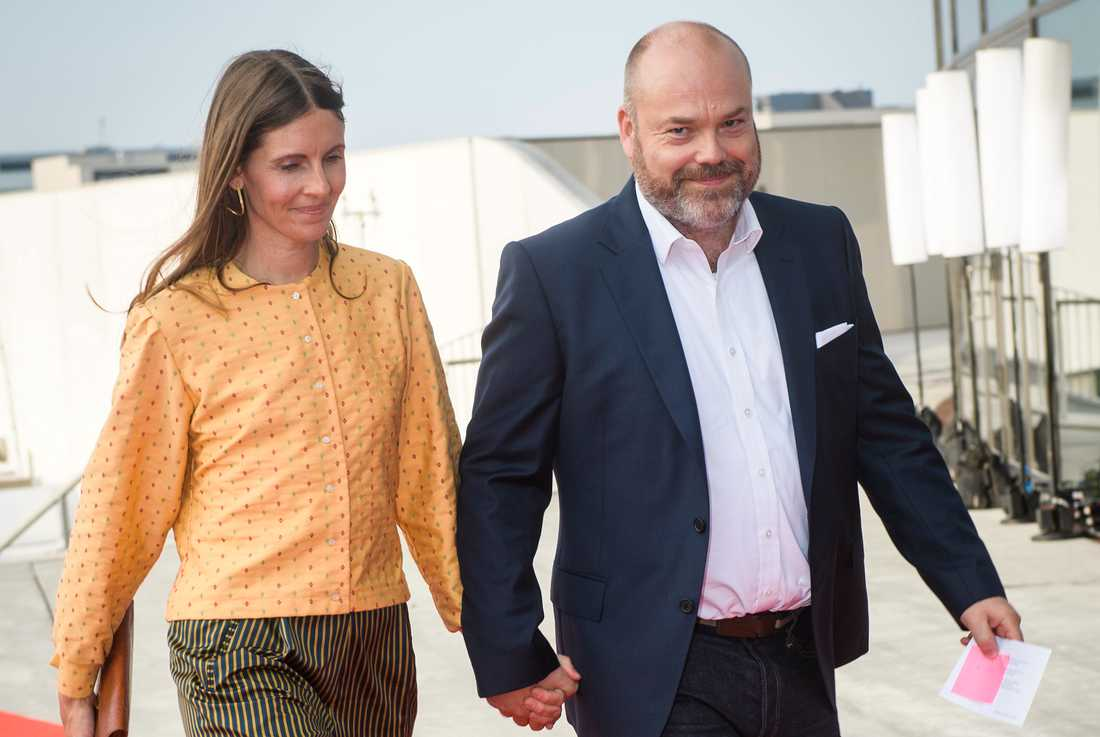 Anne och Anders Holch Povlsen förlorade tre av sina fyra barn i terrorattentatet.