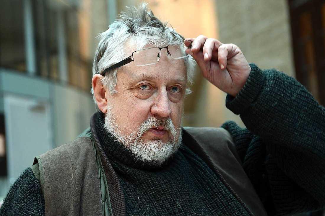 Leif GW Persson anser att traumat kan ha påverkat Lisbet Palme till att göra ett felaktigt utpekande.