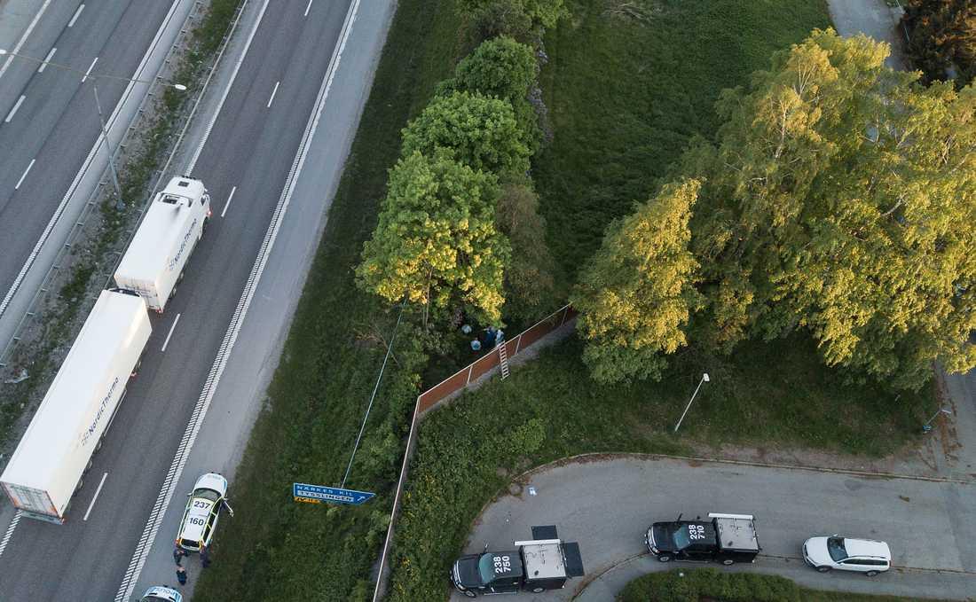 Lena Wesströms kropp upptäcktes bakom ett bullerplank fyra dagar efter att hon anmäldes försvunnen.