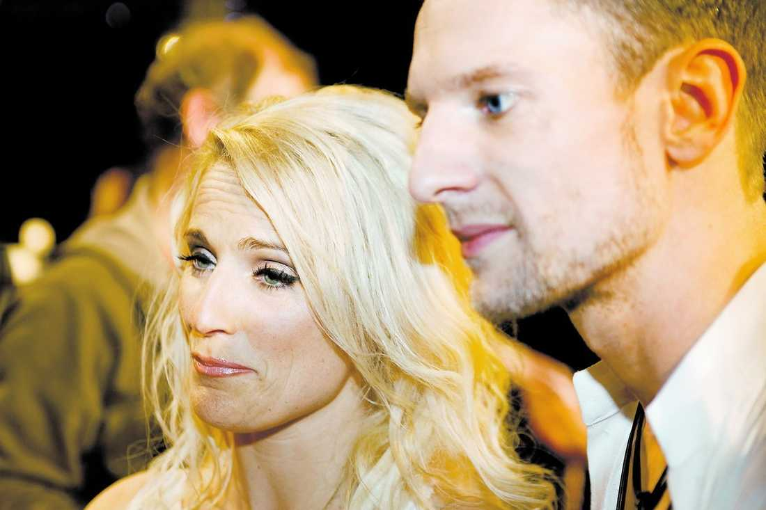 """Trots att Laila Bagge var överlägsen i sin dansteknik besegrades hon av Magnus Samuelsson i finalen av """"Let's dance"""". Nu får hon kritik av sina kollegor – de menar att Laila aldrig skulle fått vara med i tävlingen. """"Jag tror inte att folk förstår hur jag har slitit"""", säger Laila."""