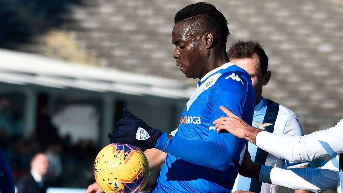 Brescias Mario Balotelli blev utsatt för rasism mot Lazio.