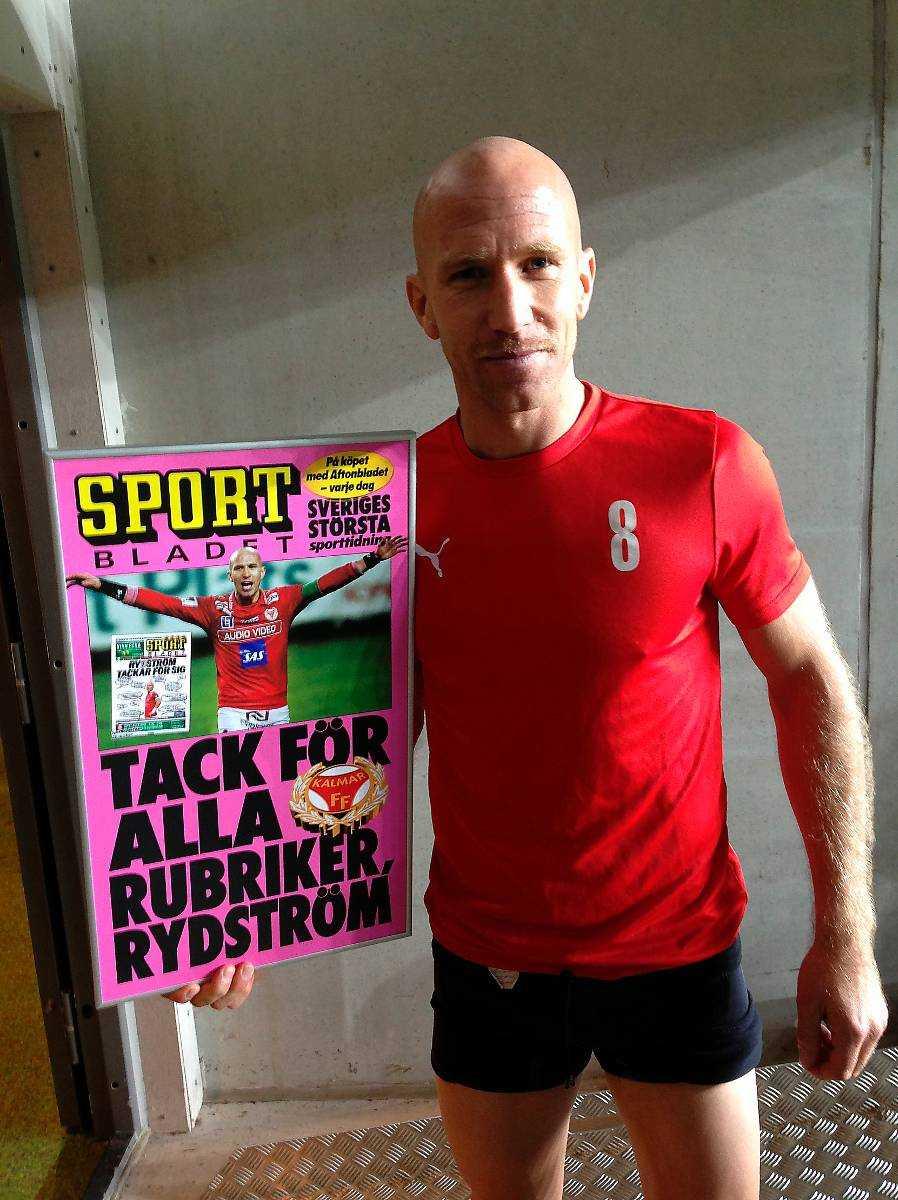 KFF:S sista nr 8 Henrik Rydström tackar för sig – och nu pensioneras hans tröjnummer också