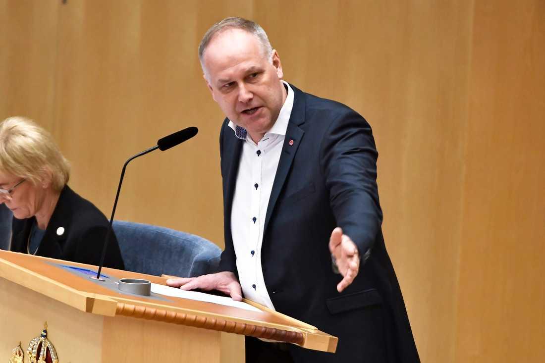 Vänsterpartiets partiledare Jonas Sjöstedt (V) under partiledardebatt i riksdagen i Stockholm.