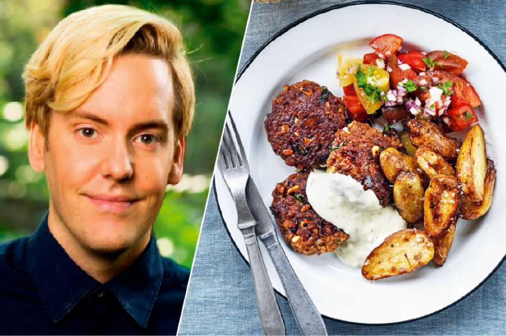 Mattias Kristiansson lagar enkel och snabb vegomat.