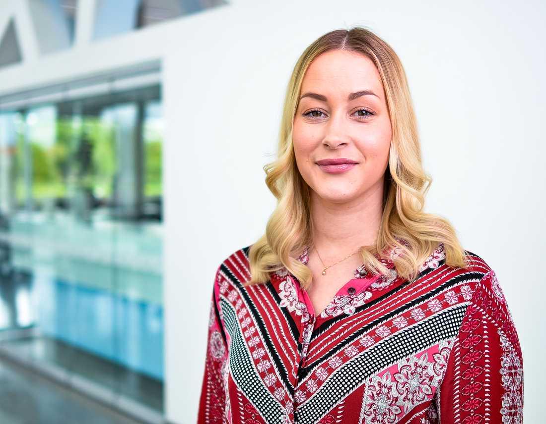 Ronja Johansson Eld tipsar om hur man kommer säkert undan på nätet.