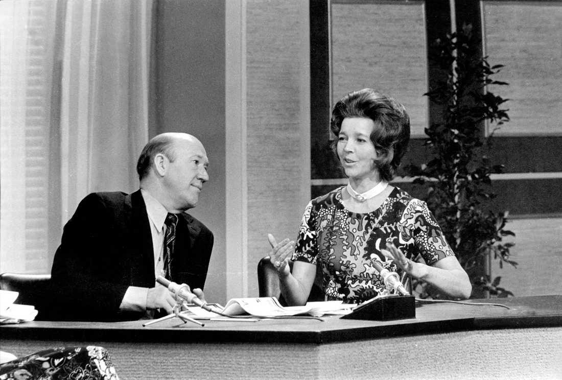 En blivande hovsångerska Alice Babs, 1971 i Hylands hörna. Hon samarbetade i många år med Duke Ellington, efter en konsert 1968 i S:t John the Divine, New Yorks största katedral, hyllades Alice Babs i The New York Times. Hon utnämndes till hovsångerska 1972, en titel som tidigare bara tilldelats artister som varit verksamma vid operan.