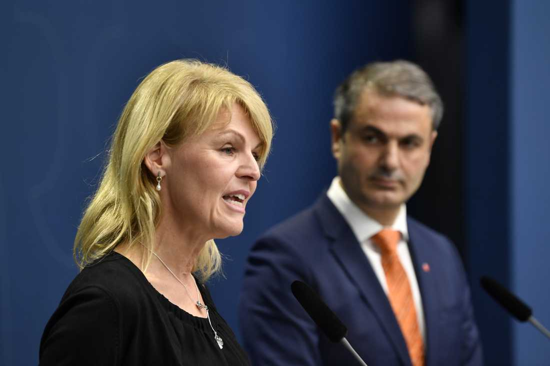 Utrikeshandelsminister Anna Hallberg (S) och näringsminister Ibrahim Baylan (S) träffar näringslivet om coronavirusets effekter. Arkivbild.