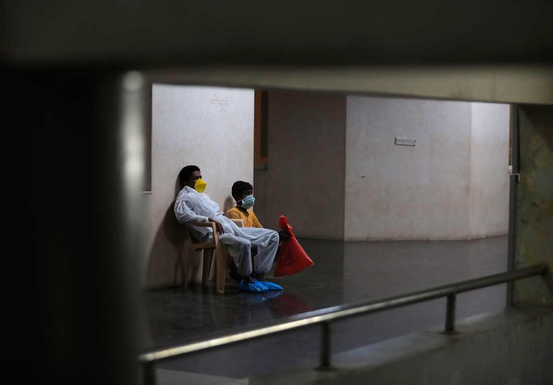 Hela Indien, världens näst folkrikaste land, har satts i ett slags karantän med anledning av coronaviruset. Bilden är från ett sjukhus i Hyderabad. Arkivbild.