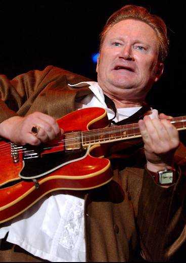 Sven Zetterberg, gitarrist i Blues Extension, såg till att det inte bara blev jazz.