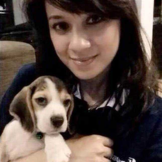 """Angeline Premila Rajandran, 30, Malaysia. Flygvärdinnan hörde av sig till sin familj bara minuter innan MH17 lyfte. Till sin mamma skrev hon via meddelandeappen WhatsApp: """"Ta hand om min hund Lexi."""" – Min mamma är helt förkrossad. Angeline och resten av oss firade mammas födelsedag för bara två veckor sedan, säger brodern Murphy Govind till The Star."""