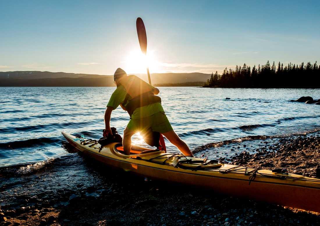 Friluftslivet har fått ett uppsving efter pandemin, och paddling är ett bra sätt att njuta av naturen och samtidigt få fysisk träning. Arkivbild.