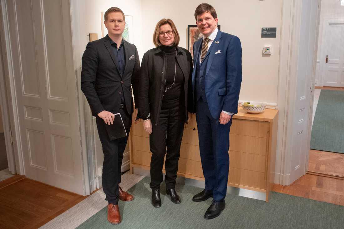 Miljöpartiets språkrör Gustav Fridolin och Isabella Lövin träffar talman Andreas Norlén