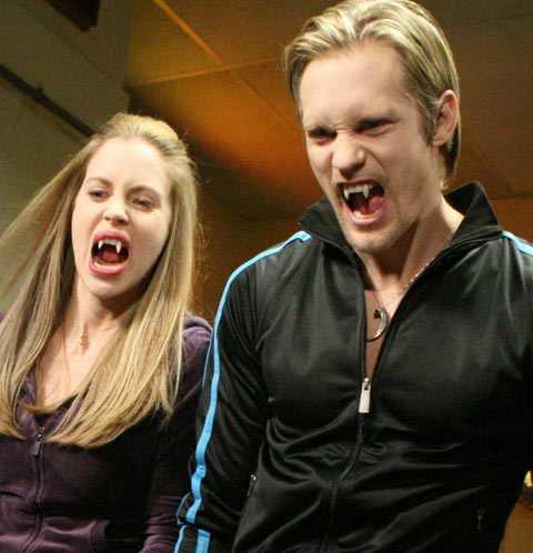 """""""True blood"""" Premiär i USA: 7 september 2008. Premiär i Sverige: 26 augusti 2009."""