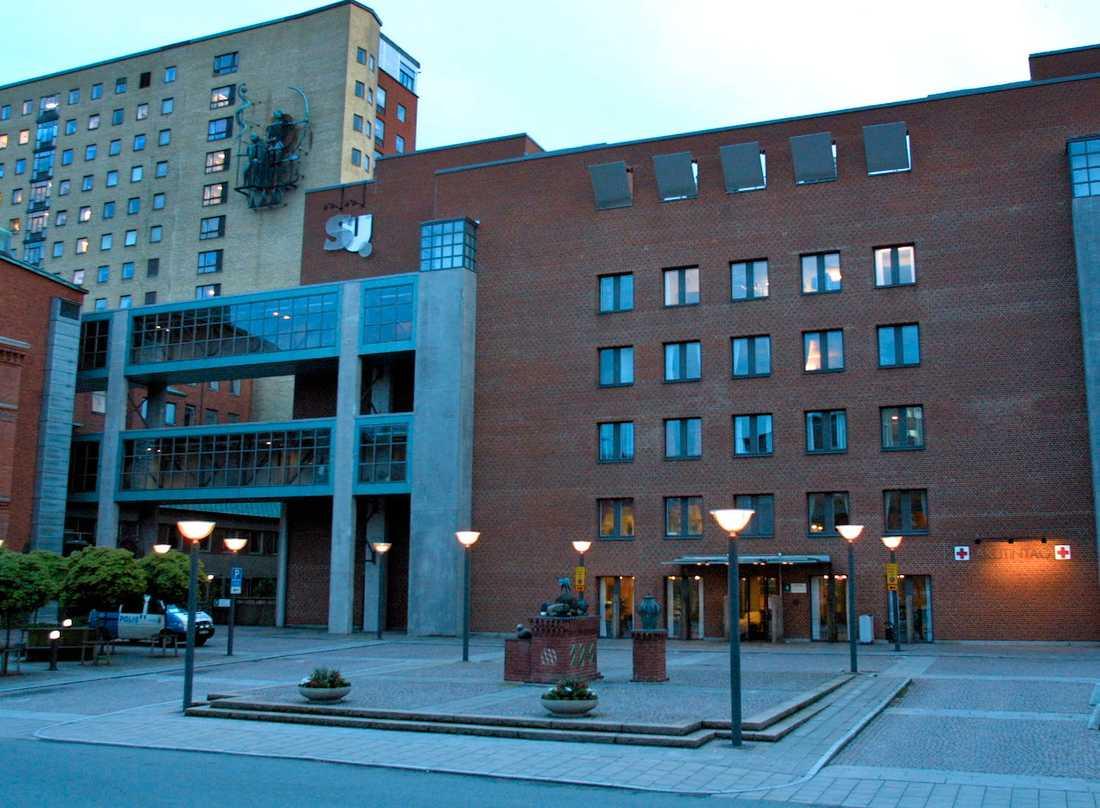 Med hjälp av strukturerade arbetsmetoder har förlossningspersonalen vid Sahlgrenska universitetssjukhuset nästintill lyckats halvera bristningarna vid förlossningarna på bara tre år.