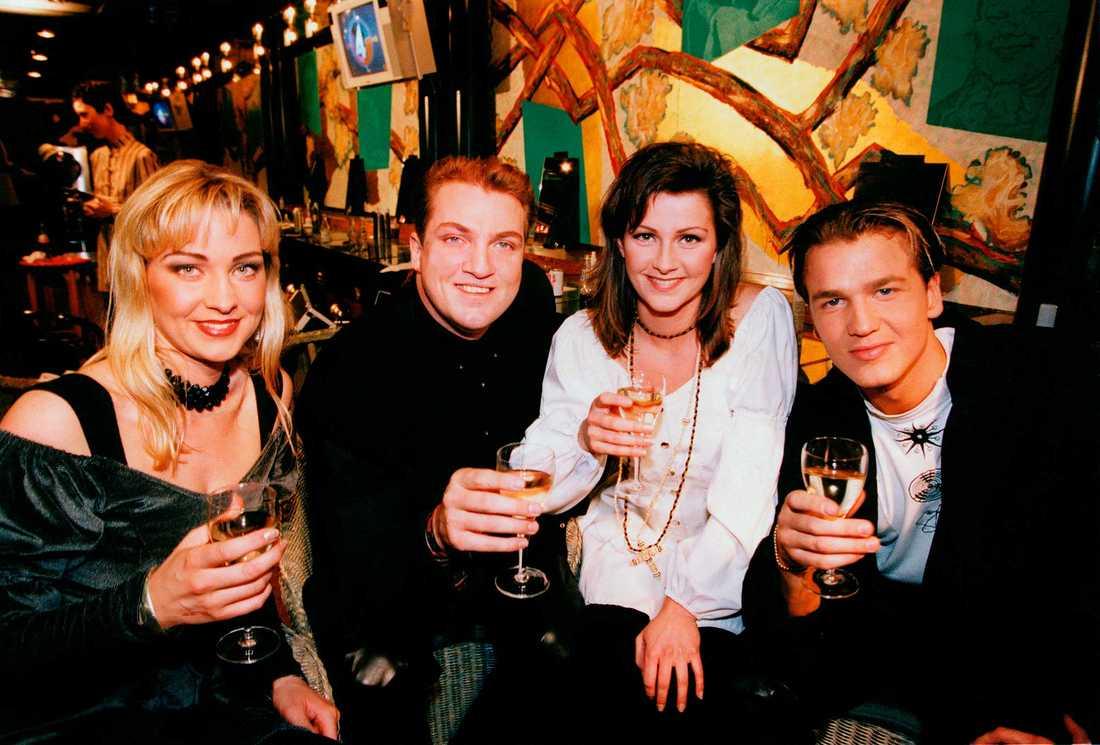 Jenny Berggren i Ace of Base 1994 med Malin Berggren, Jonas Berggren och Ulf Ekberg.