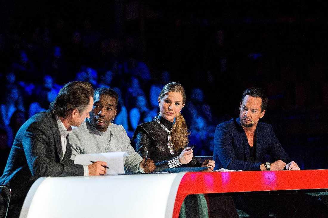 "Juryn i ""X-factor""."