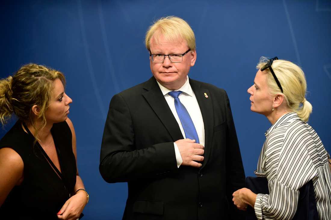 Försvarsminister Peter Hultqvist (S).