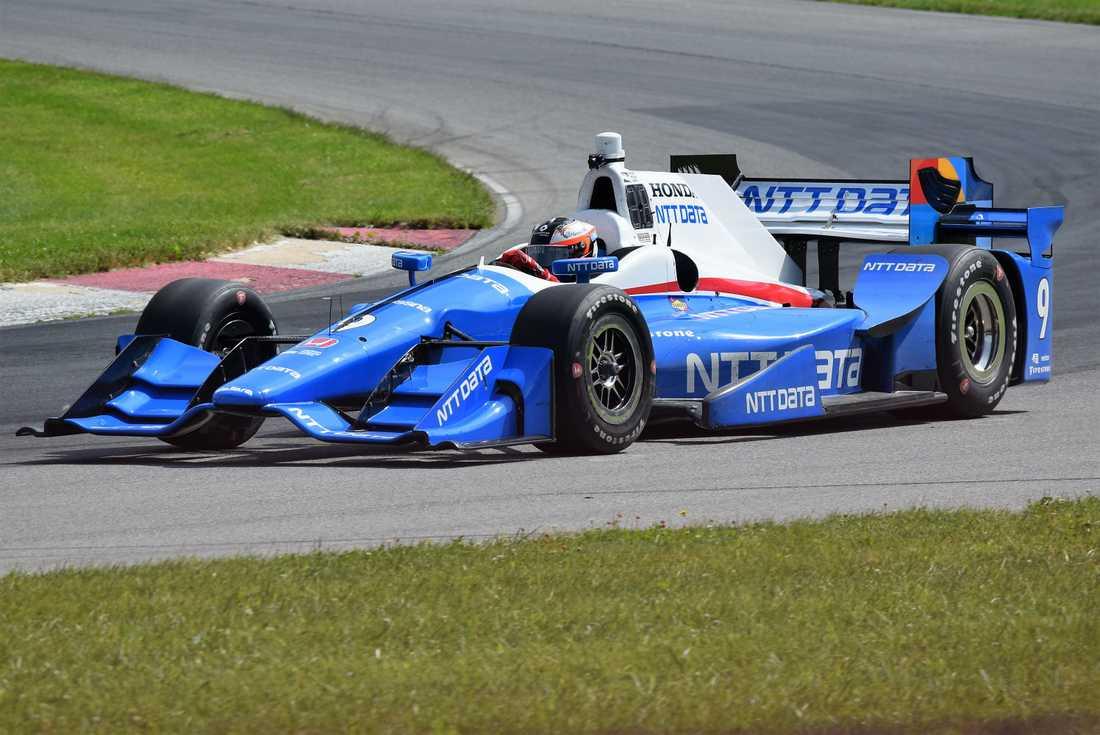 Felix Rosenqvist när han testade till IndyCar