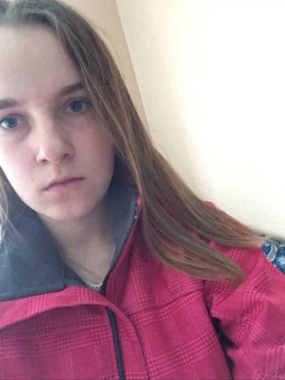 17-åriga Agnes