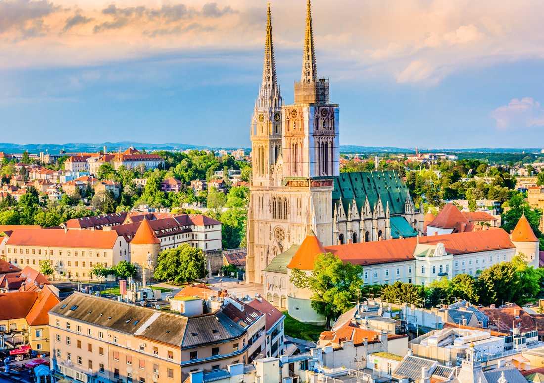 Zagreb är en minst sagt gammal stad, i området bodde förhistoriska människor för upp mot 80 000 år sedan, visar arkeologiska fynd.