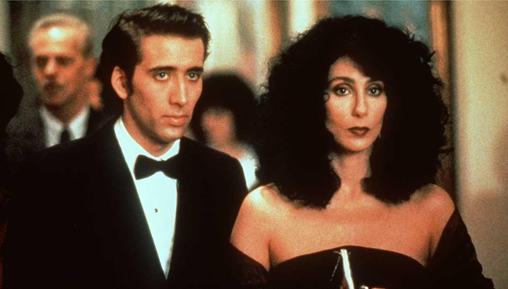 "Nicolas Cage och Cher i ""Mångalen""."