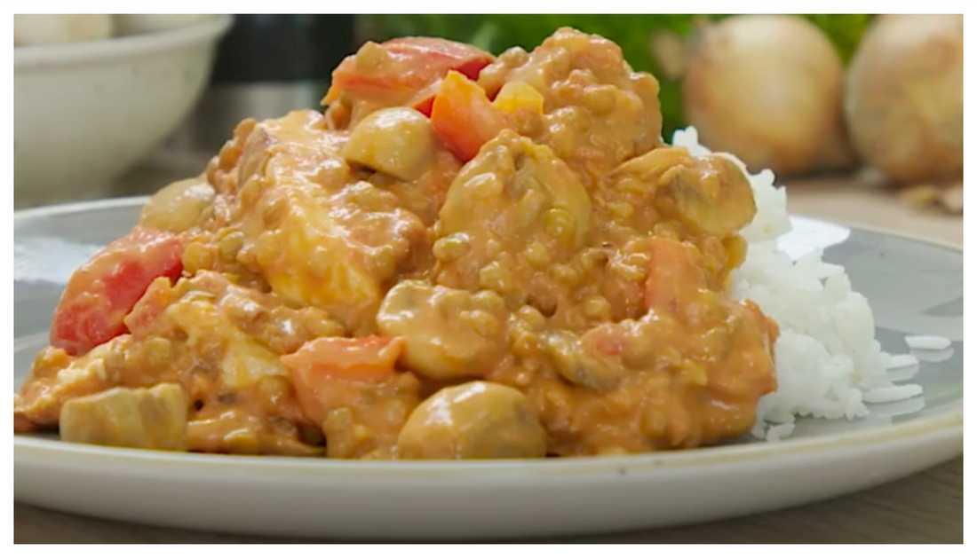Halloumi stroganoff – recept på vegetarisk stroganoff