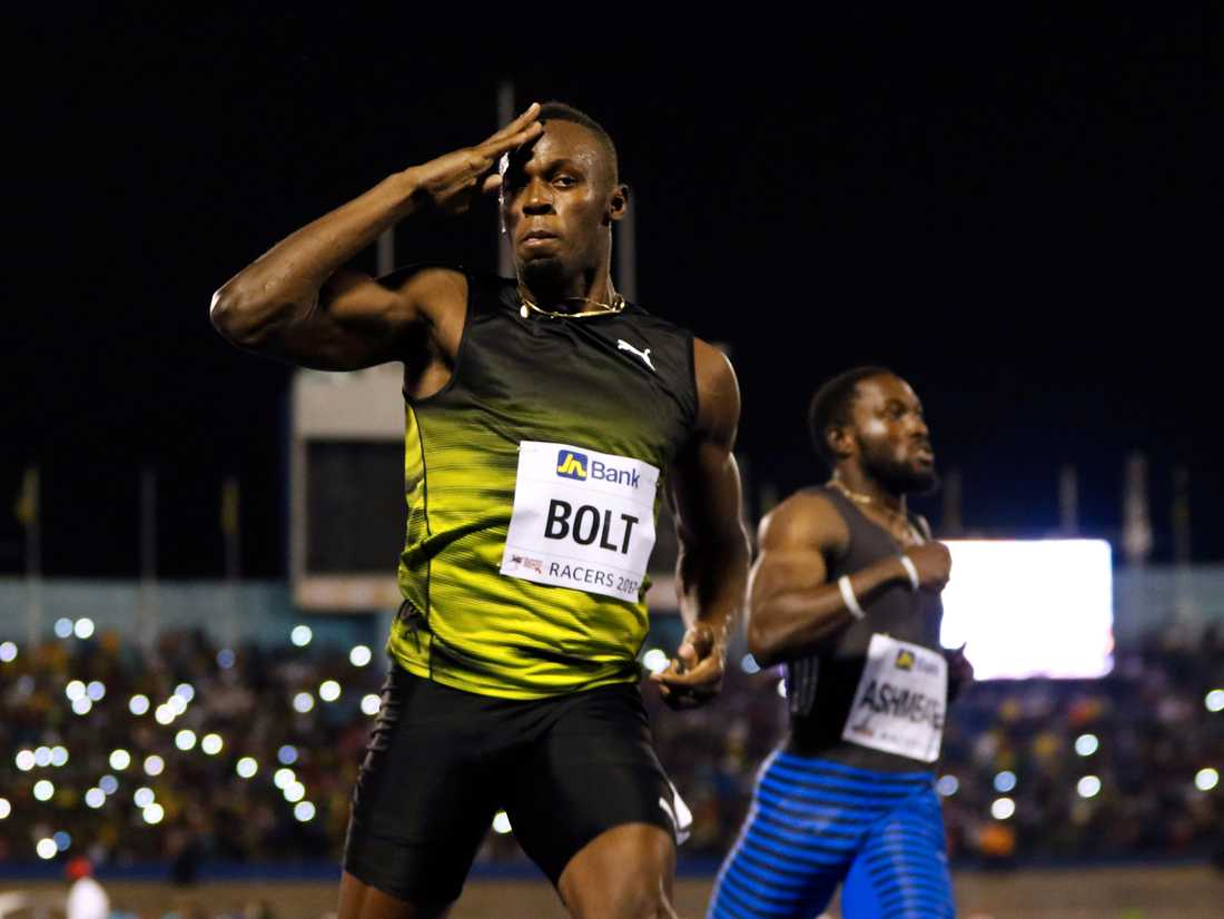 Usain Bolt vann 100-metersfinalen på 10.03 i Racers Grand Prix under säsongspremiären i Kingston, Jamaica.