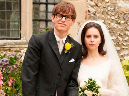 Eddie Redmayne och Felicity Jones som Stephen och Jane Hawking.