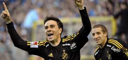 Mendes gjorde 1-0 och tackade gud för sin framgång.
