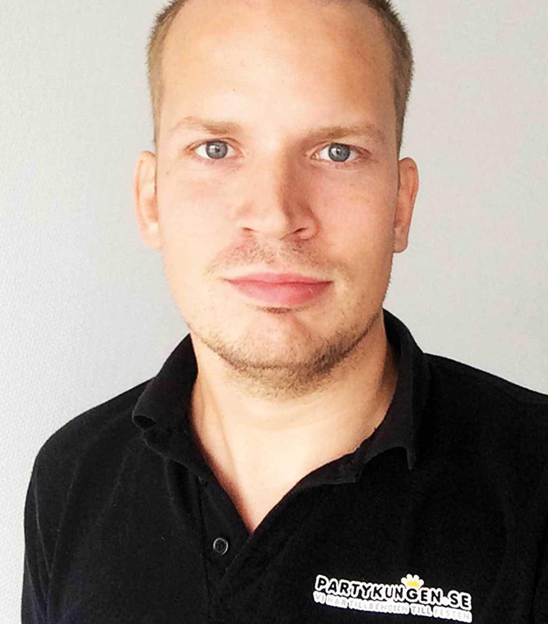 Joel Svensson är VD på Partykungen.