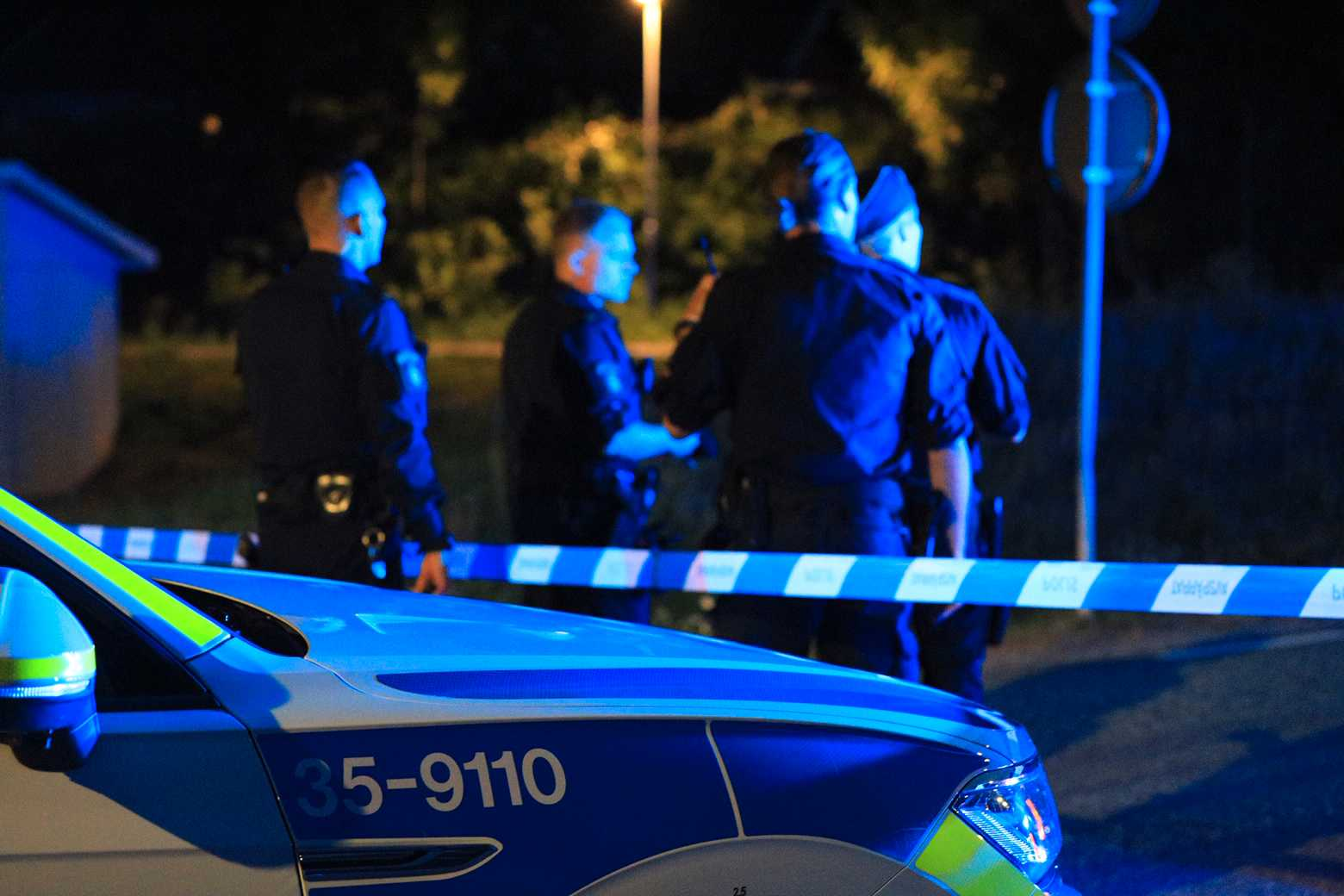 Natten mot tisdagen blev en barnfamilj i Upplands-Bro utsatt för en sprängattack.